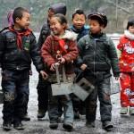 Che freddo a scuola per i bambini dell'Hunan!