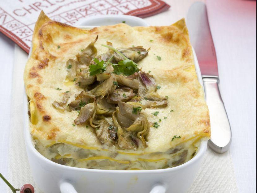 lasagne-ai-carciofi-e-formaggi-misti preparazione