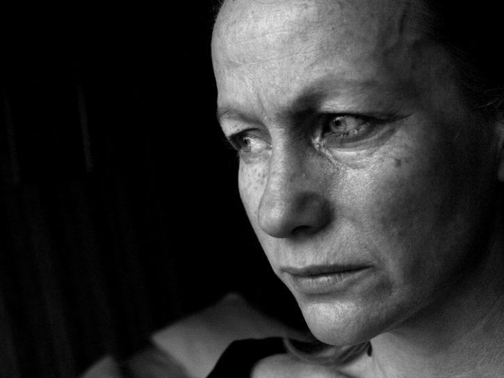 depressione-tristezza-piangere-lacrime-bianco-nero