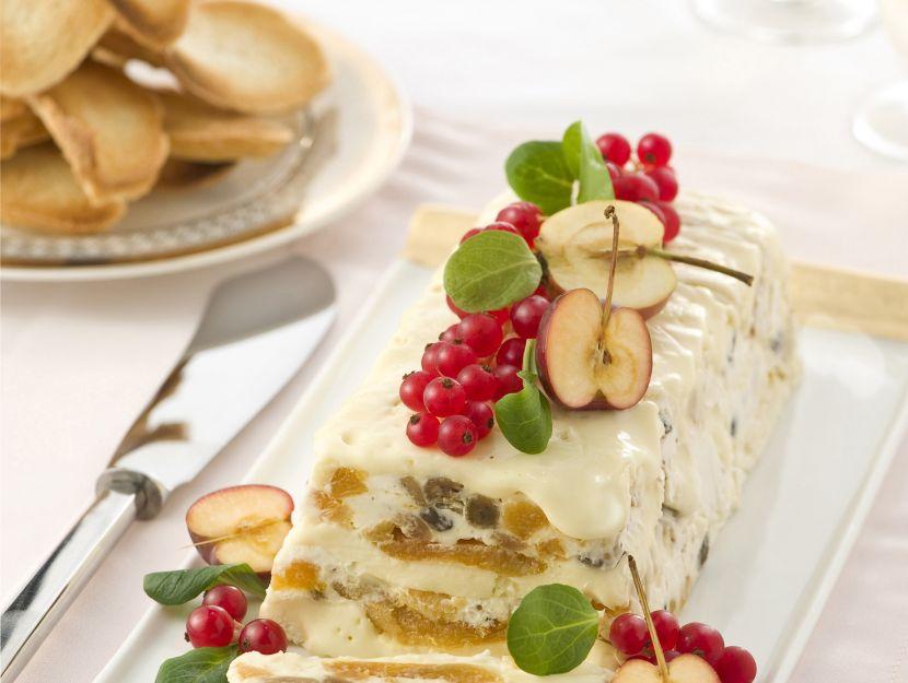 terrina-di-camembert-con-frutta-secca foto