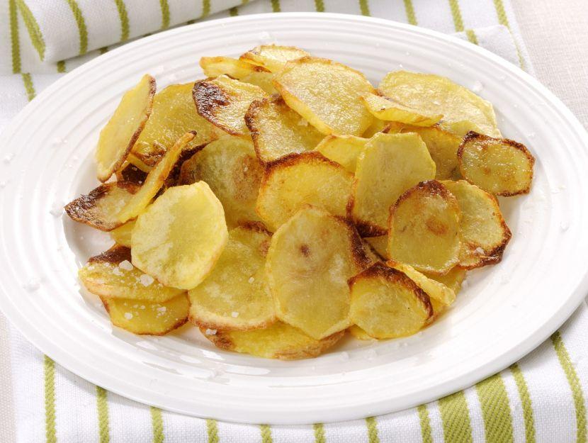 Chips al forno di patate e topinambur