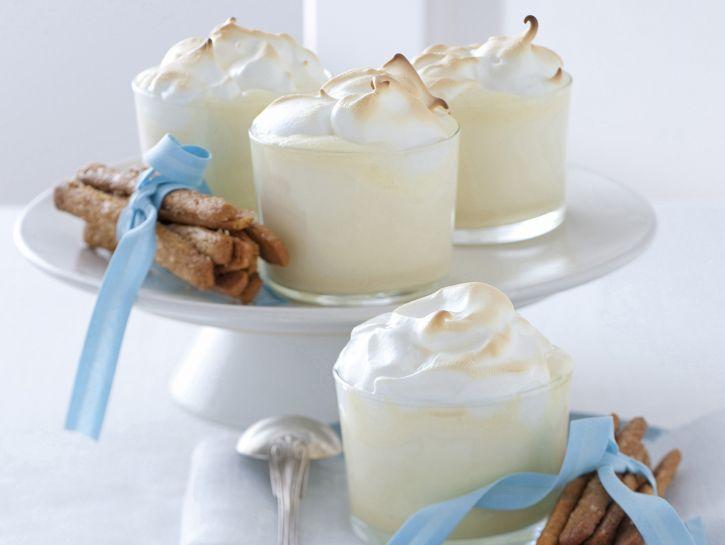 egg-nog-meringato-con-biscottini-allo-zenzero