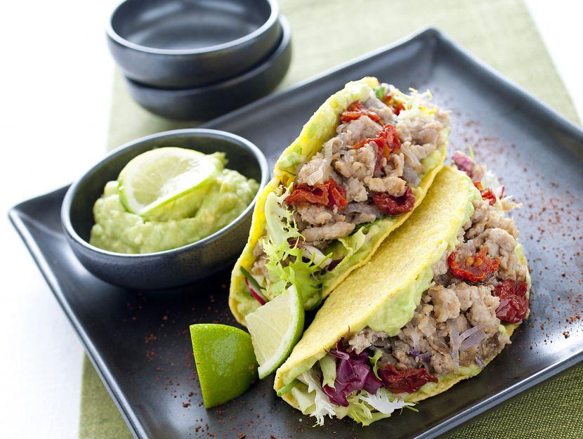 tacos-di-tacchino-con-salsa-di-avocado immagine