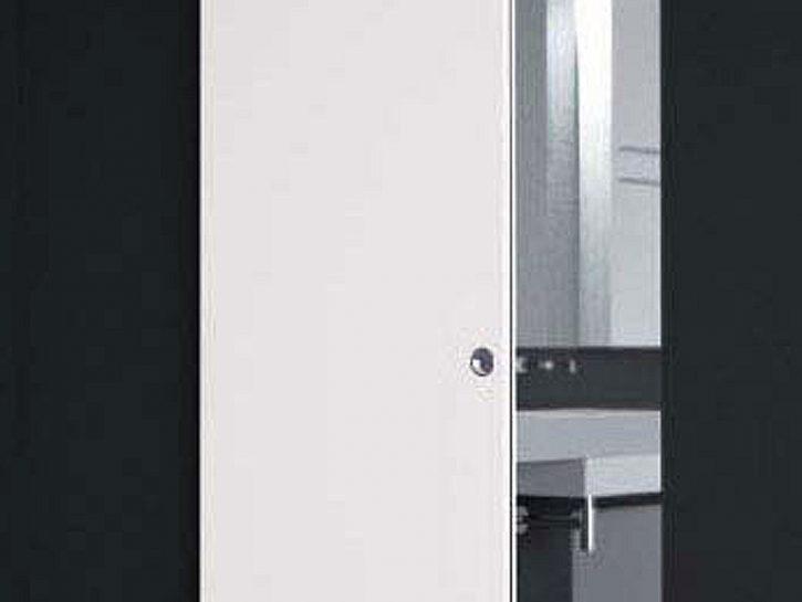 La porta scorrevole è Gaia Door 2000