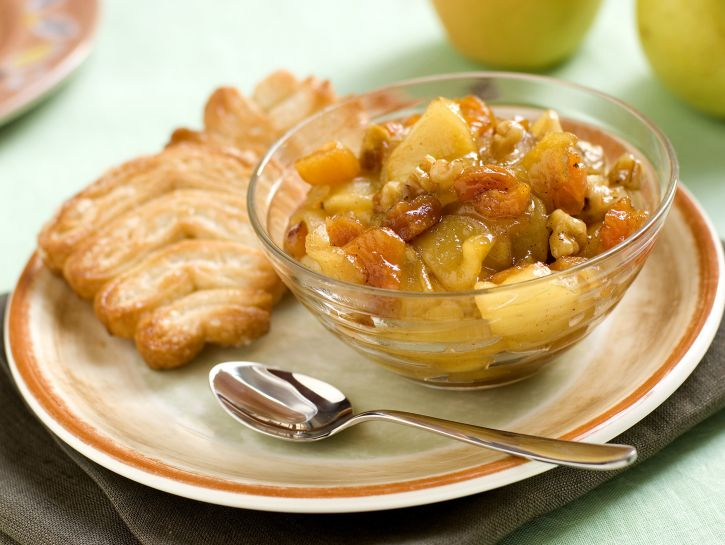 composta-di-mele-e-albicocche-secche preparazione