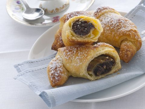 Cornetti o croissant alla crema di caffè