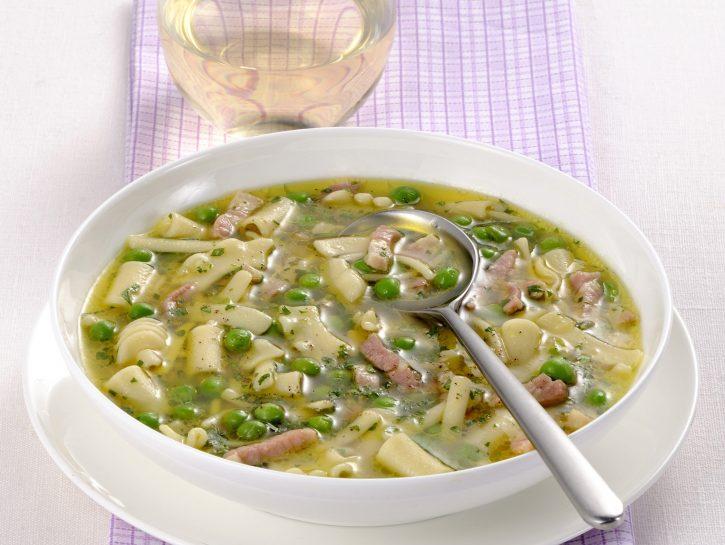 minestra-di-pasta-e-piselli