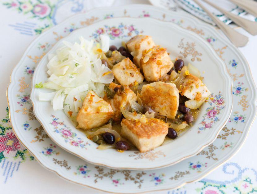 spezzatino-di-spada-con-olive-taggiasche