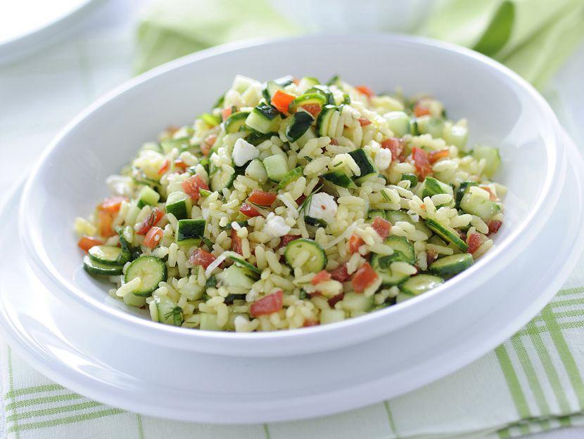 riso-freddo-con-verdure-crude-e-feta