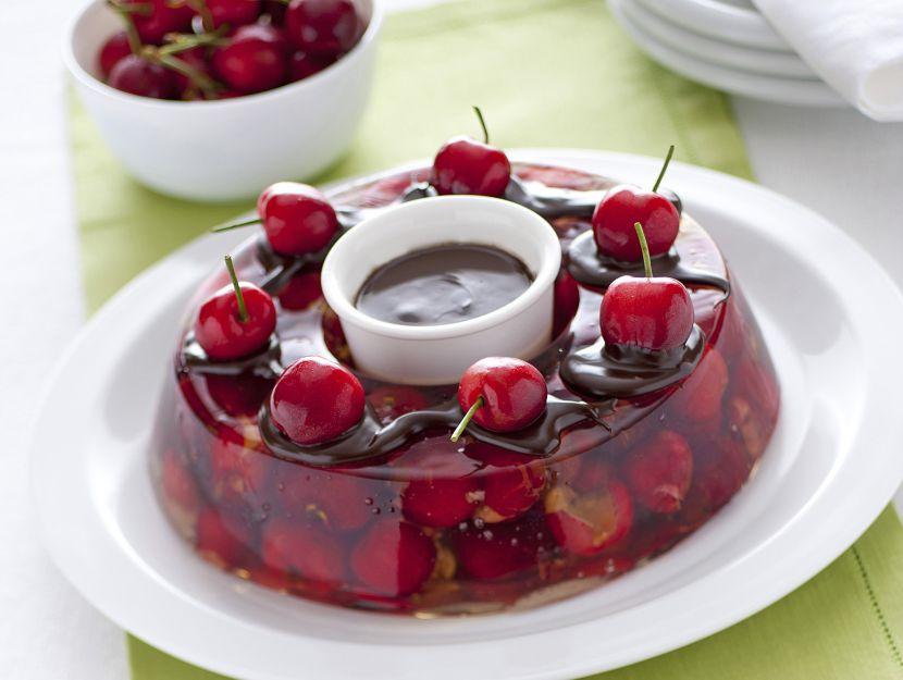 aspic-di-ciliegie-al-cioccolato immagine