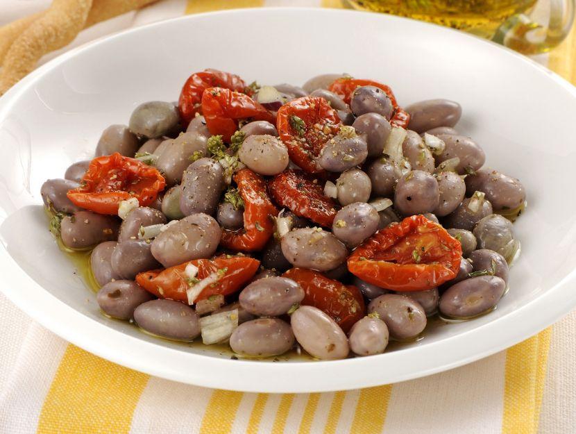 insalata-di-borlotti-e-pomodori-secchi