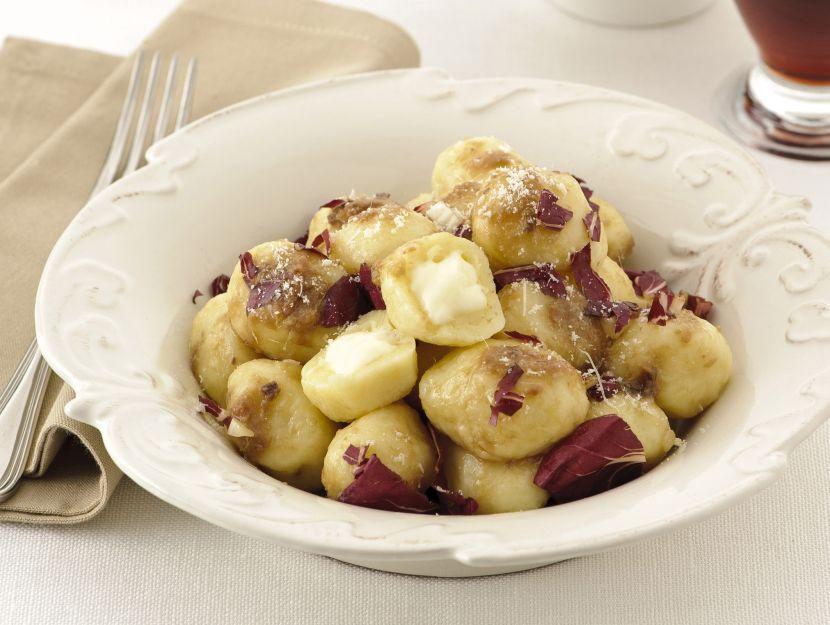 gnocchi-di-patate-ripieni-di-formaggio preparazione