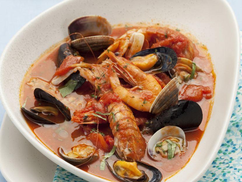 zuppa-di-crostacei-e-conchiglie preparazione