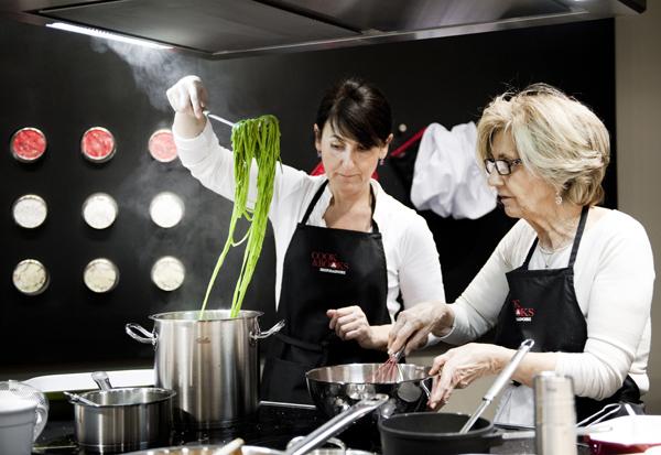 C 39 era una volta il sesso ora c 39 il cibo donna moderna - Sesso in cucina ...