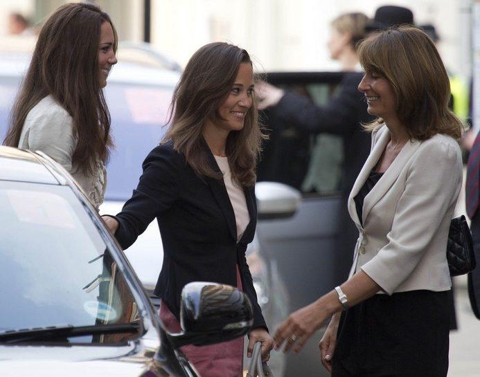 Kate Middleton, Pippa Middleton, Carole Middleton Alta kika2394427