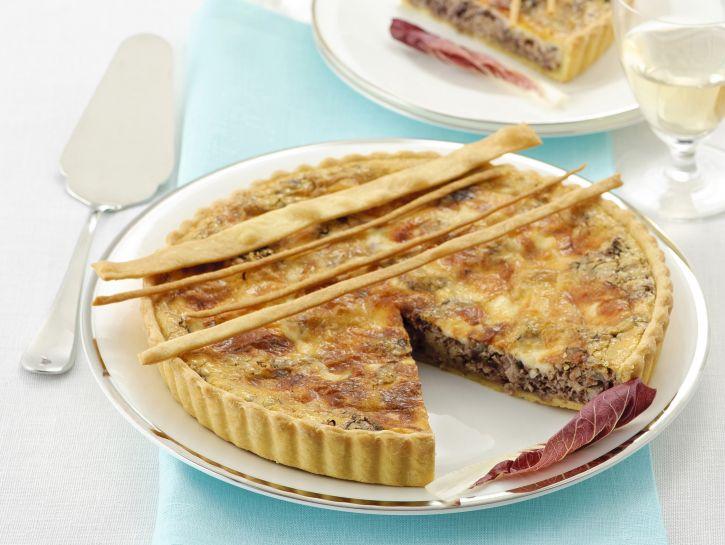 torta-al-radicchio-e-taleggio-con-le-noci ricetta