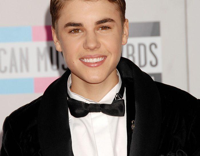 Justin Bieber col papillon
