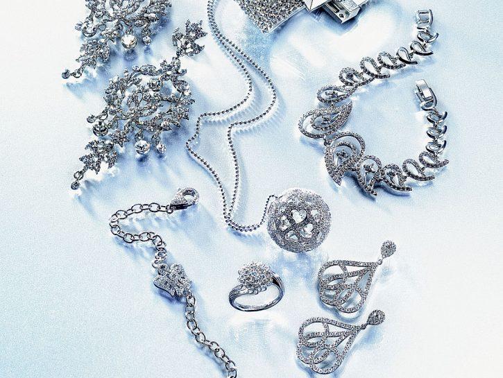 cover gioielli luccicano