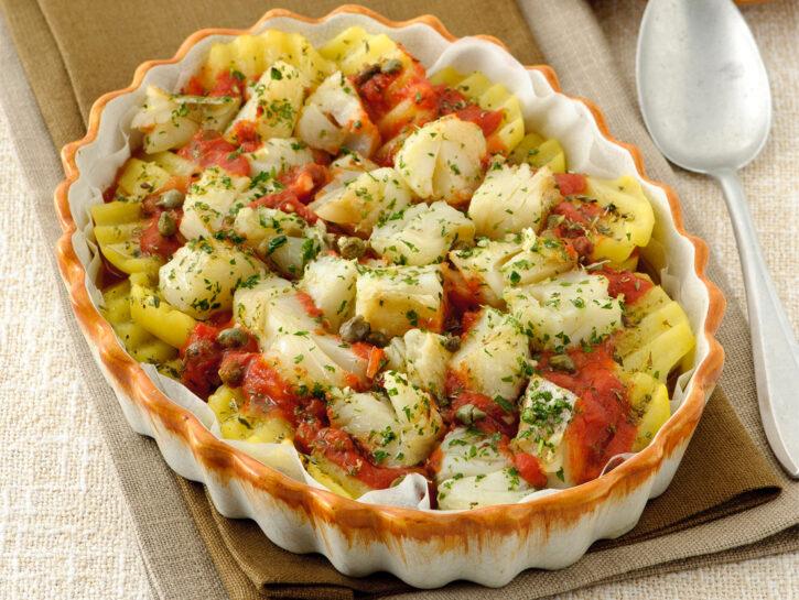 Teglia di baccalà e patate alla pizzaiola