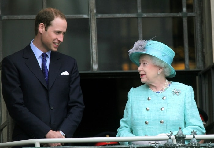 Il principe William e la nonna la regina Elisabetta