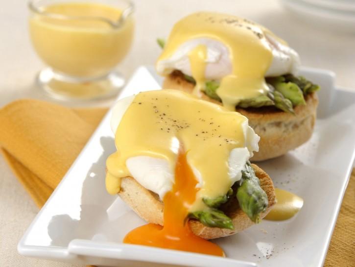 uova-benedict-con-gli-asparagi