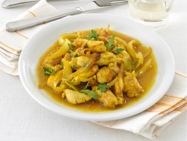 Straccetti di petto di pollo al curry