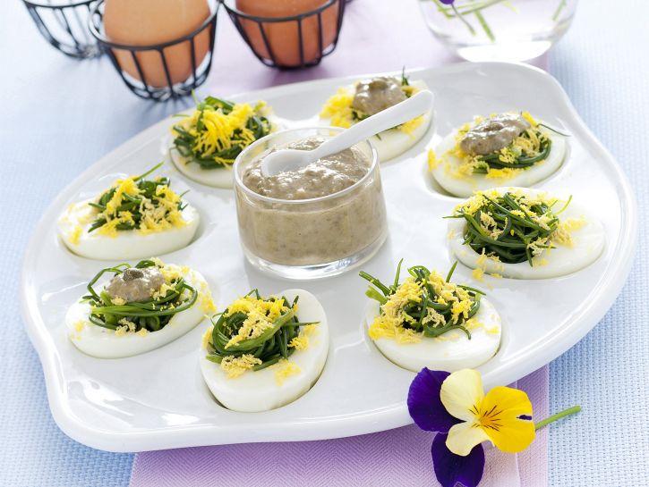 barba-di-frate-con-uova-mimosa immagine