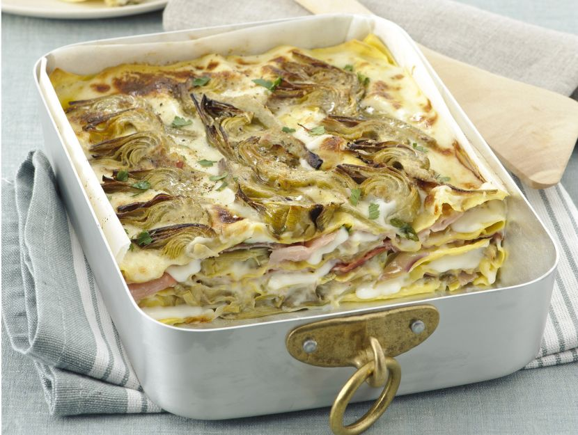 lasagne-con-besciamella-carciofi-e-prosciutto immagine