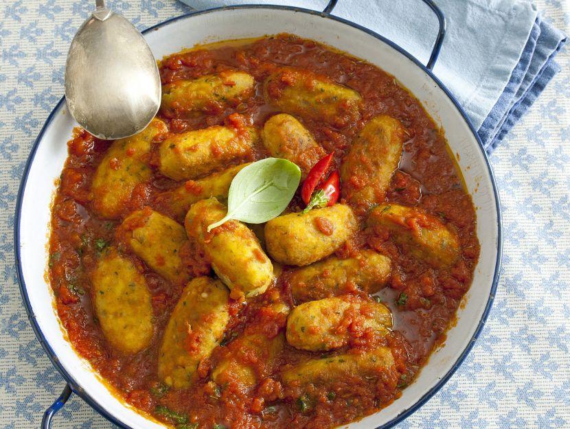 polpette-di-pollo-al-pesto-con-sugo-di-pomodoro