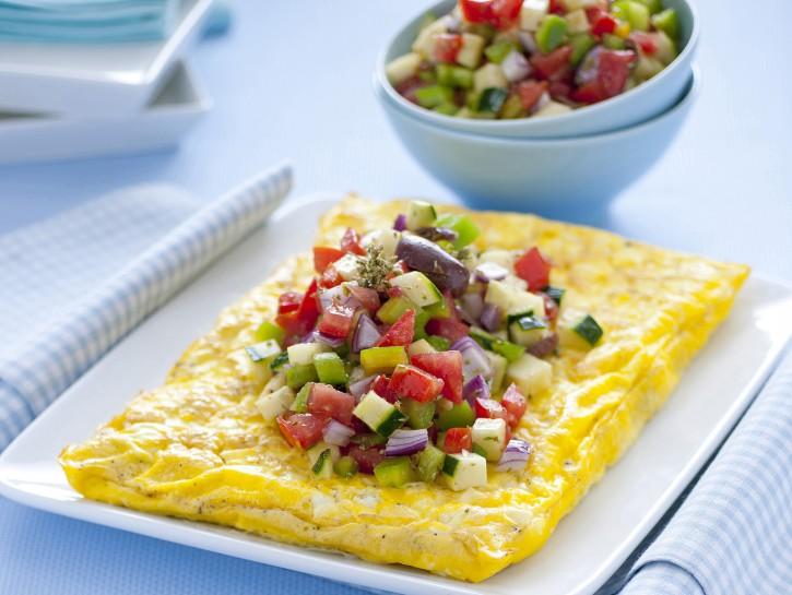 frittata-alla-feta-con-insalatina-greca immagine