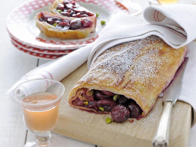 strudel-di-ciliegie-e-pistacchi