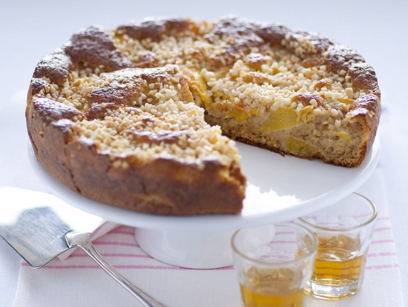 torta-di-pesche-con-amaretti immagine