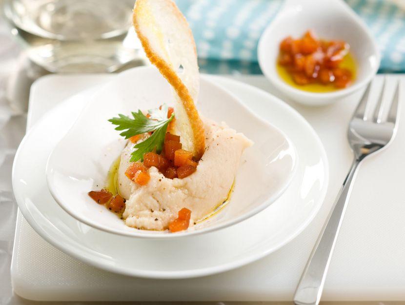 crema-di-borlotti-con-salmone-marinato
