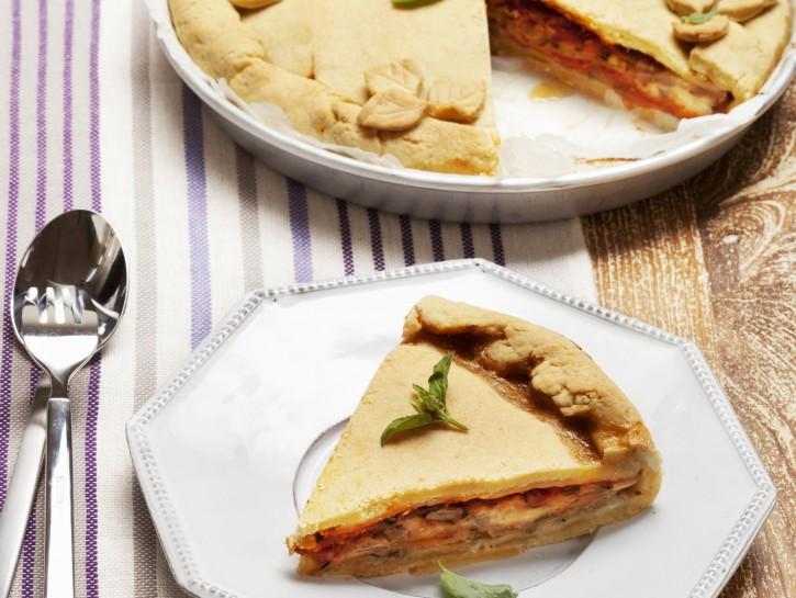 torta-con-melanzane-mozzarella-e-pomodoro preparazione