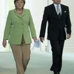 Angela Merkel in tailluer pantalone