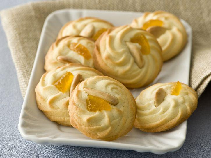 biscottini-con-mandorle-e-canditi