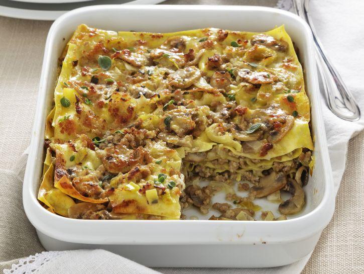 lasagne-con-ragu-bianco-agli-champignon preparazione