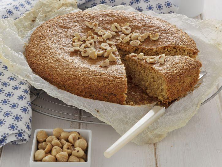 torta-di-nocciole-senza-farina preparazione