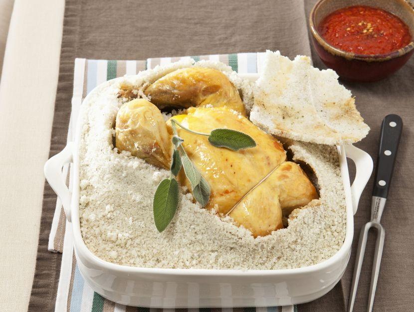 pollo-in-crosta-con-salsa-rossa preparazione