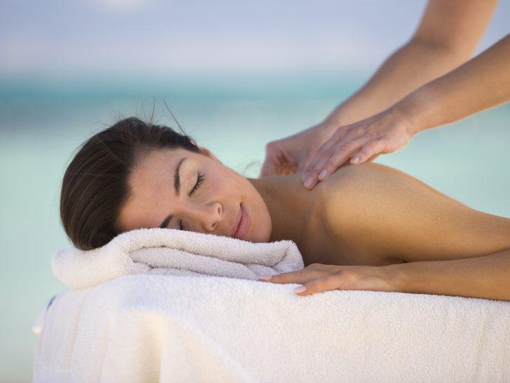 I benefici del massaggio aromaterapico