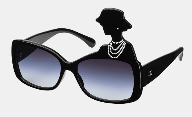Occhiali da sole con Coco Chanel
