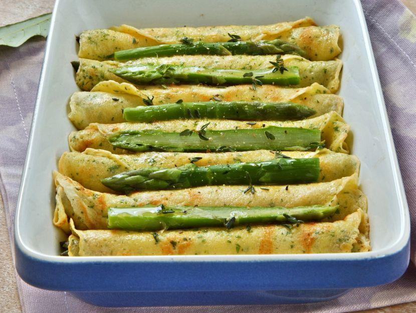 crepes-con-ripieno-di-ricotta-e-asparagi