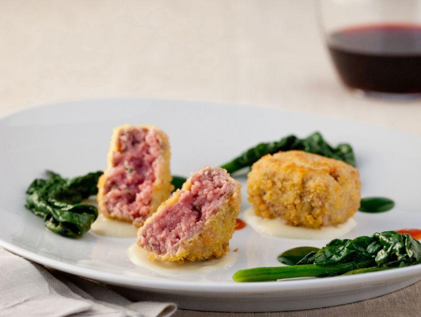 foto battuta-croccante-di-filetto-con-fonduta-e-spinaci