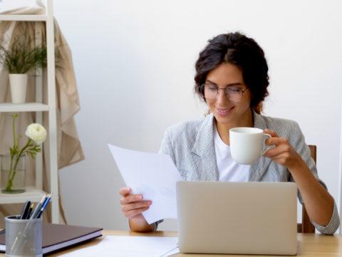 La strategia per essere motivata al lavoro? Riparti da te stessa