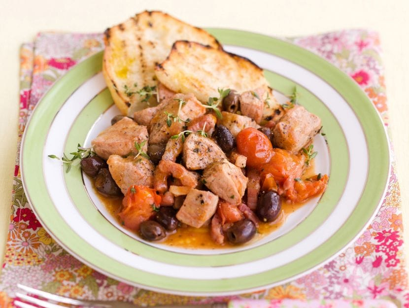 spezzatino-di-lonza-alle-olive-taggiasche