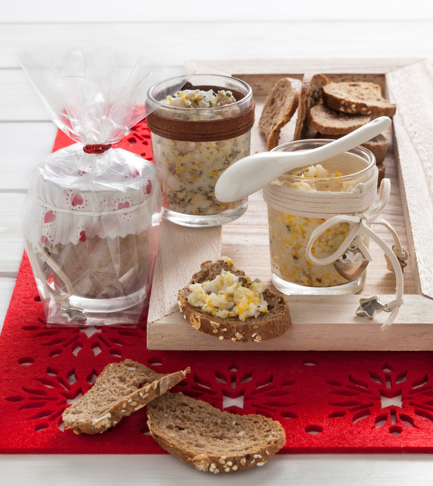 Regali Di Natale Culinari Fai Da Te.30 Regali Di Natale Fatti A Mano In Cucina Donna Moderna