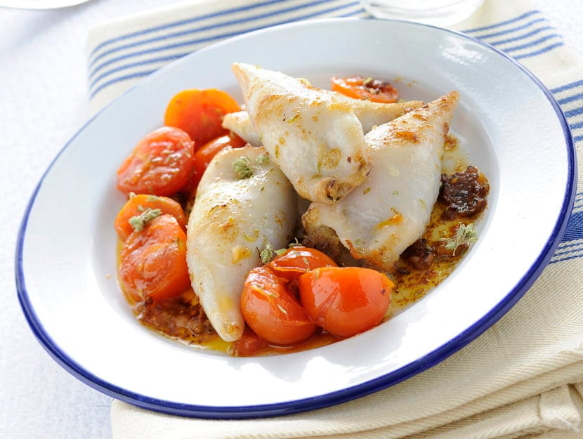 calamari-ripieni-con-capperi-e-olive-nere