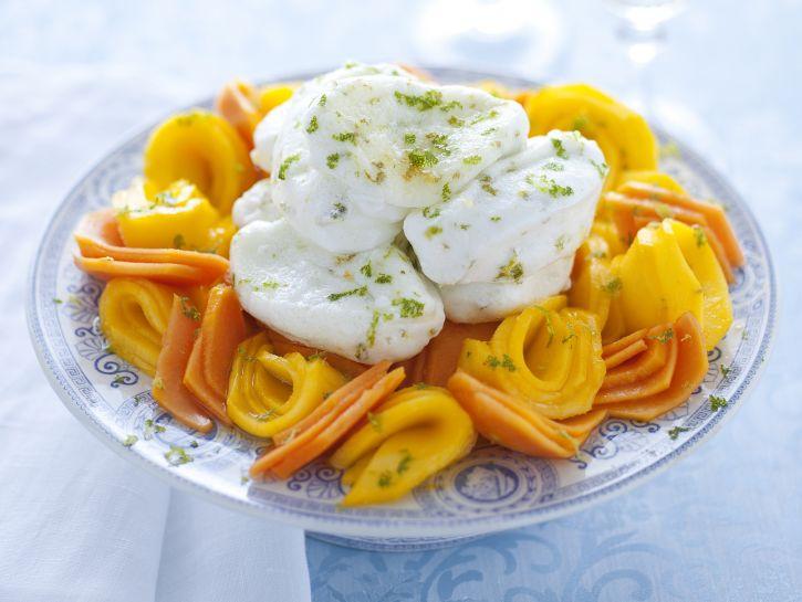 immagine tagliata-di-mango-e-papaia-con-meringa-morbida-al-lime