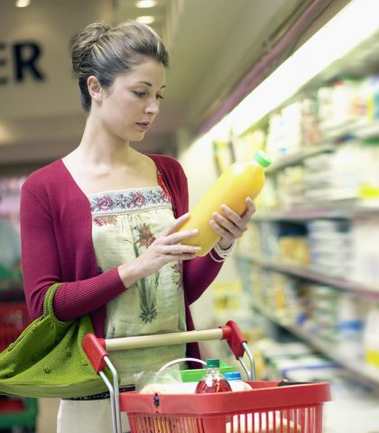 Coloranti, conservanti, addensanti, edulcorati, esaltatori del sapore. Sono presenti negli alimenti