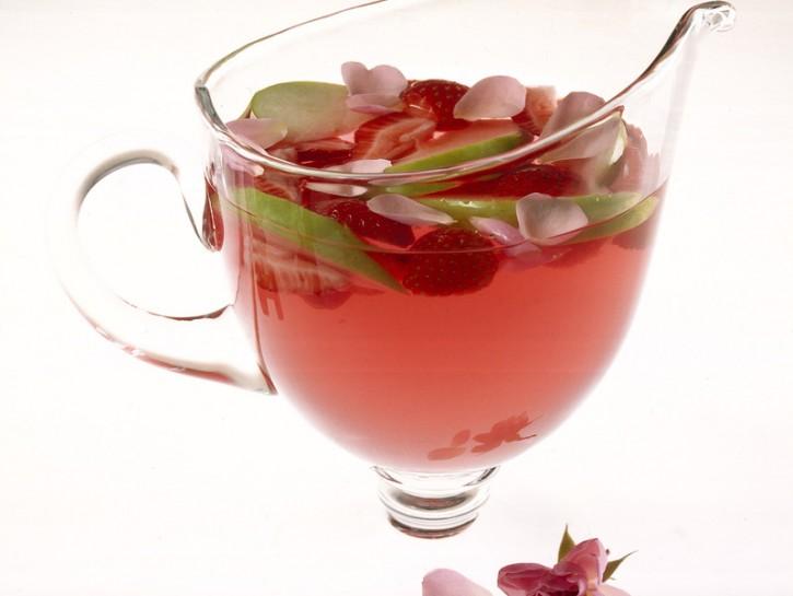 L'aperitivo con fragole e mela